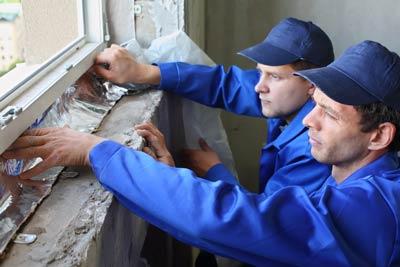 Les bandes d'aluminium étroites sont utilisées dans le secteur du bâtiment.